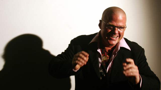 London, UNITED KINGDOM: British Chef Heston Blumenthal from The Fat Duck in Bray attends the 'World's 50 Best Restaurants Award' in London, 23 April 2007. Spanish restaurants took top billing in a list of the 50 best eateries in the world published on Monday, with three in the top 10, but France was better represented in the entire list. AFP PHOTO/CHRIS YOUNG (Photo credit should read CHRIS YOUNG/AFP/Getty Images)