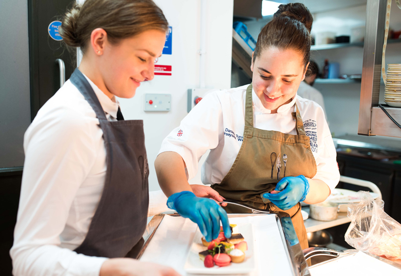 Student chefs cooking