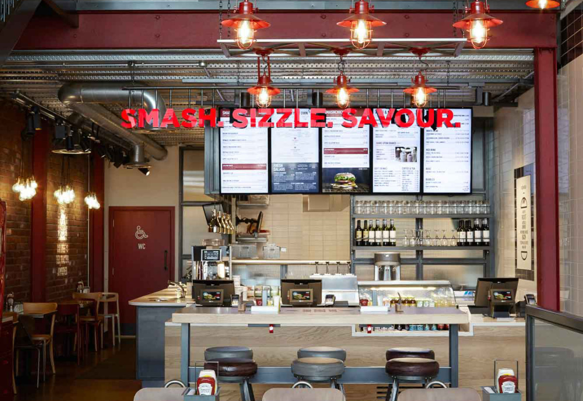 Smashburger UK interior