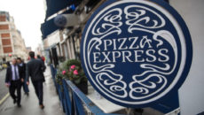 LONDON, ENGLAND - FEBRUARY 16: People walk by a Pizza Express restaurant in Marylebone on February 16, 2017 in London, England. The Association for Licensed Multiple Retailers have written to the Chancellor Philip Hammond calling for more transitional relief ahead of a business rate increase in April. A further rise in business rates could force more pubs and restaurants across the UK to close as they struggle to keep up with costs. (Photo by Jack Taylor/Getty Images)