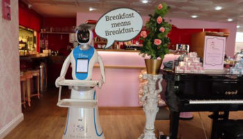 The Tea Terrace robotic waitress 1